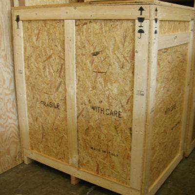 Casse in legno o compensato per trasporto via aerea